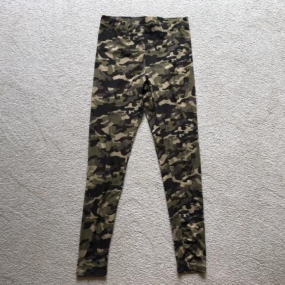 Aeropostale Camouflage Camo Cameo Leggings Pants M